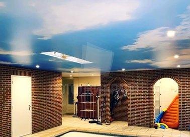 Сатиновый натяжной потолок с изображением неба НП-174
