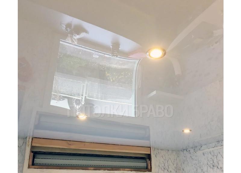 Зеркальный глянцевый натяжной потолок со светильниками НП-234 - фото 3