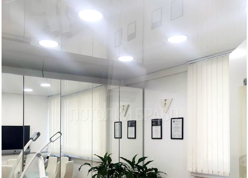 Глянцевый натяжной потолок для стоматологии НП-238