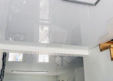 Сложный зеркальный глянцевый натяжной потолок НП-245