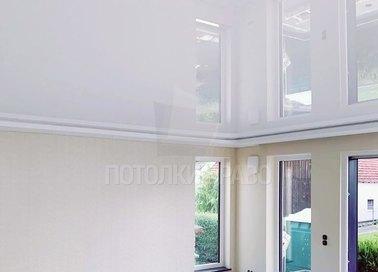 Глянцевый черный натяжной потолок для кирпичного дома НП-252 - фото 3
