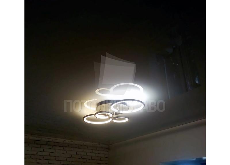 Глянцевый белый натяжной потолок для люстры НП-253 - фото 2
