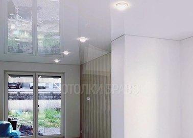Глянцевый зеркальный натяжной потолок для кирпичного дома НП-263 - фото 3