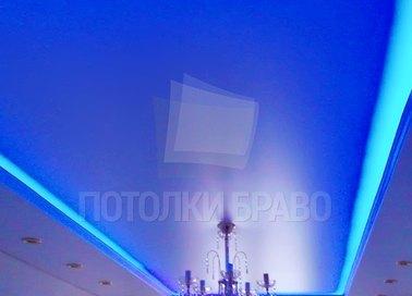 Натяжной потолок голубоватого цвета НП-271