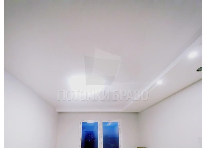 Матовый натяжной потолок для жилой комнаты НП-276