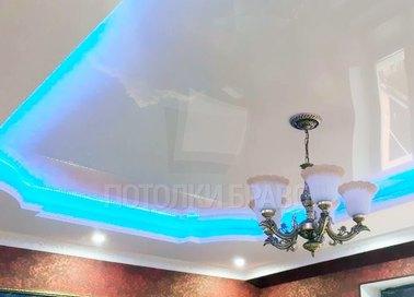 Глянцевый с LED подсветкой натяжной потолок НП-283