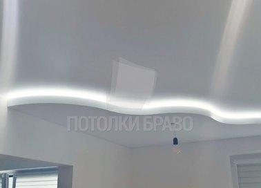 Двухуровневый сатиновый натяжной потолок с подсветкой НП-301