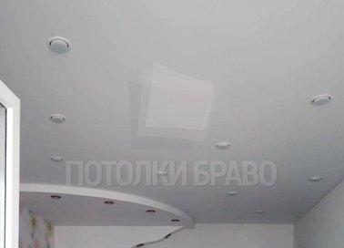 Белый матовый двухуровневый натяжной потолок НП-310