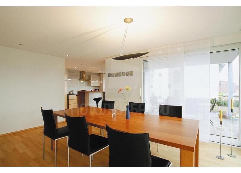 Молочный матовый натяжной потолок для квартиры-студии НП-325