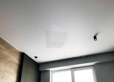 Чёрный матовый натяжной потолок в стиле Лофт НП-348