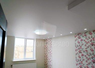 Обычный сатиновый натяжной потолок для жилой комнаты НП-360