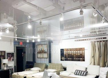 Глянцевый белый натяжной потолок для салона красоты НП-399