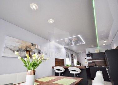 Натяжной потолок с зеленой диодной лентой НП-483
