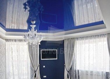 Синий глянцевый натяжной потолок в стиле Прованс НП-493