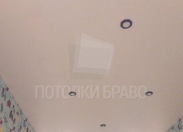 Молочный матовый натяжной потолок НП-527