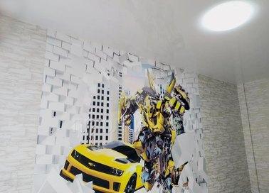 Глянцевый зеркальный натяжной потолок для жилой комнаты НП-528 - фото 2