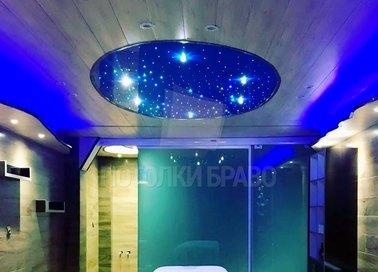 Синий глянцевый натяжной потолок со вставкой звездного неба НП-556