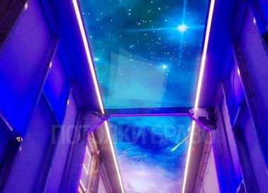 Космический матовый натяжной потолок с фиолетовой подсветкой НП-565