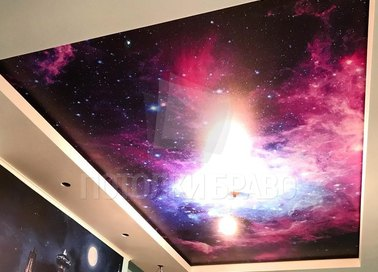 Матовый натяжной потолок с рисунком фиолетового космоса НП-574