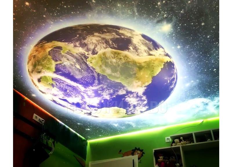 Матовый натяжной потолок со звездным небом и планетой НП-580