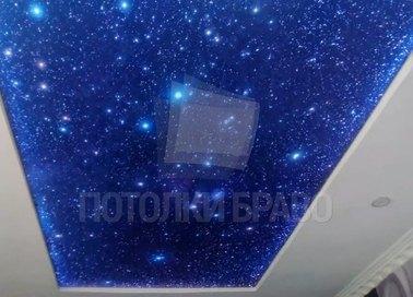 Матовый натяжной потолок с разноцветным звездным небом НП-584