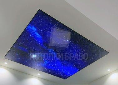Синий блестящий матовый натяжной потолок НП-609