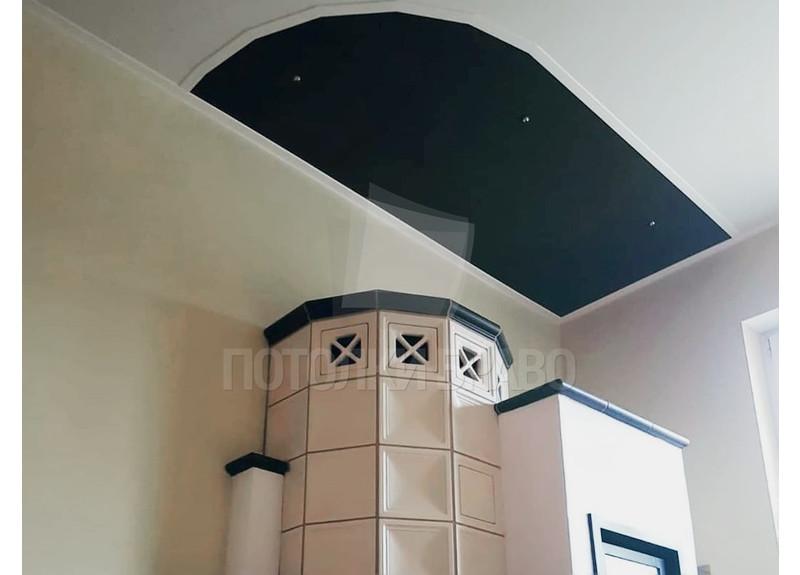 Черно-серый натяжной потолок для кирпичного дома НП-619