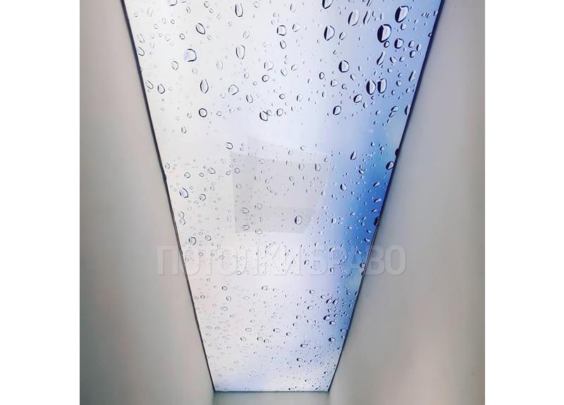 Прозрачный натяжной потолок с голубыми каплями НП-623 - фото 2