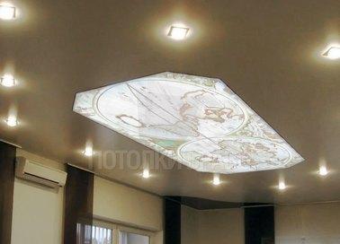 Матовый бежевый натяжной потолок с рисунком НП-626