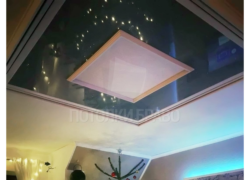 Изумрудно-белый сложный натяжной потолок НП-632