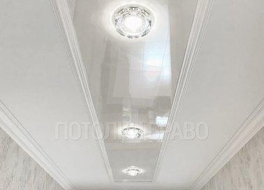Матово-глянцевый натяжной потолок для дворца НП-644