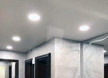 Серый матовый натяжной потолок для коридора НП-685