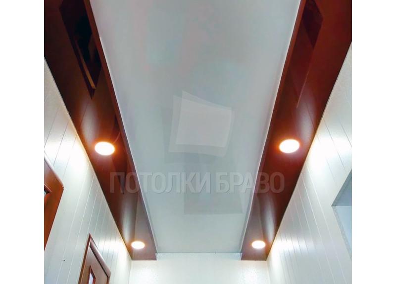 Мраморно-глянцевый натяжной потолок для коридора НП-695