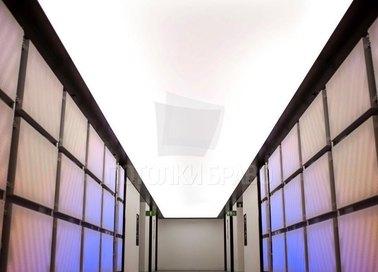 Матовый белый натяжной потолок для коридора НП-703