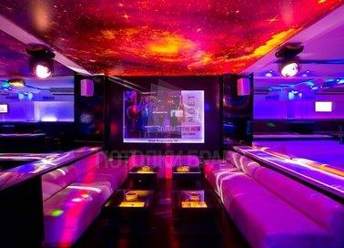 Космический матовый натяжной потолок для ресторана НП-755