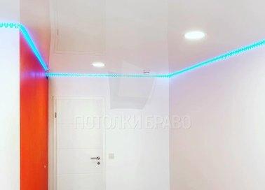 Глянцевый натяжной потолок с синей подсветкой НП-770 - фото 4