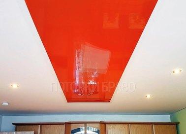 Красно-белый матовый натяжной потолок НП-772