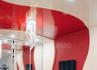 Глянцевый красно-белый натяжной потолок НП-781