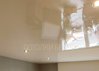 Глянцевый бежевый натяжной потолок со светильниками НП-808 - фото 3
