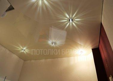 Желтый матовый натяжной потолок с LED-освещением НП-810