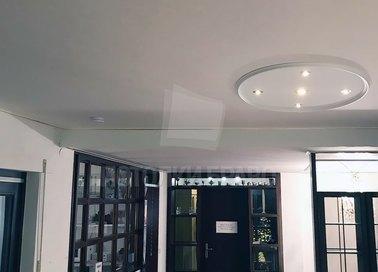 Серый матовый натяжной потолок со светильниками НП-818