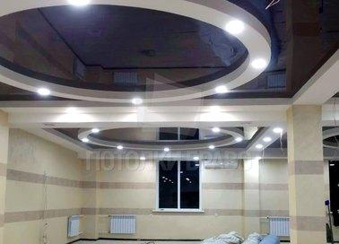 Фактурный синий натяжной потолок для гостиной НП-819
