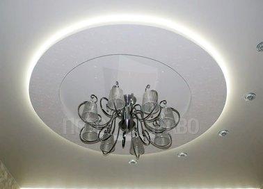 Многоуровневый молочный натяжной потолок с подсветкой НП-835