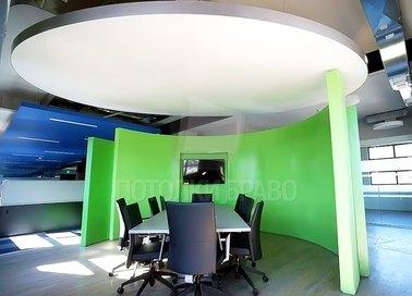 Современный круглый натяжной потолок для офиса НП-860