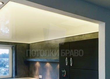 Сложный матовый натяжной потолок для кухни НП-890