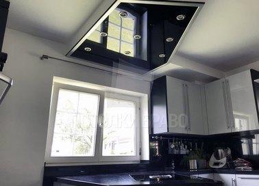 Двухъярусный черно-белый натяжной потолок НП-908