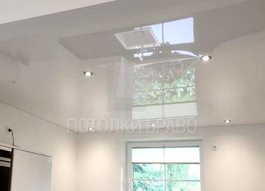 Глянцевый натяжной потолок для кухни НП-912