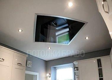 Глянцево-матовый двухцветный натяжной потолок в кухню НП-931