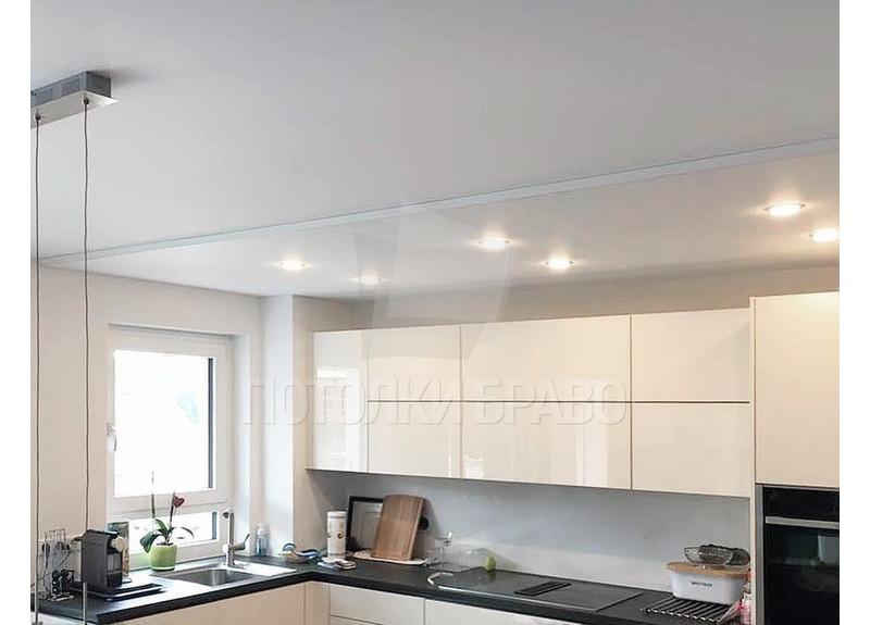 Белый матовый натяжной потолок для кухни НП-944