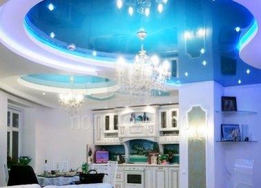 Матовый натяжной потолок цвета морской волны для кухни НП-965